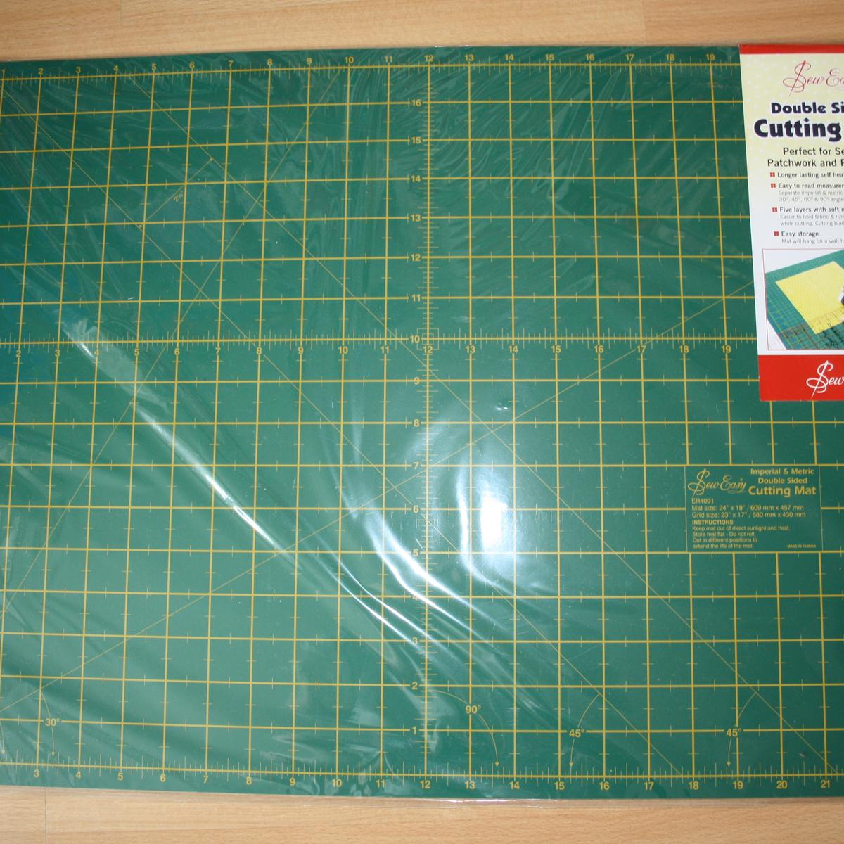"Cutting Mat 18"" by 24"""