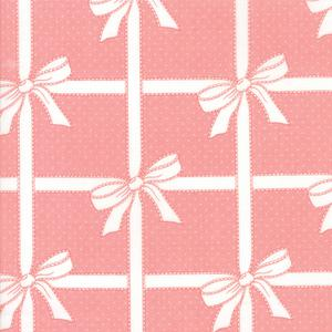 Vintage Holiday Pink Wrap. Product thumbnail image